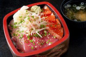 寿司処 かぐらの数量限定のワンコイン丼
