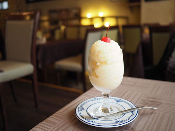 長崎カフェの名物ミルクセーキ