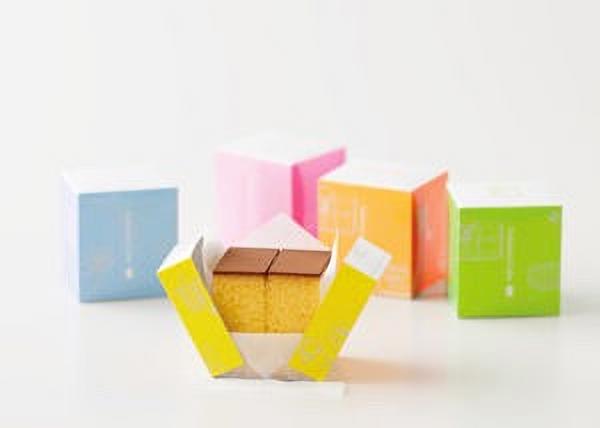 カラフルなボックスが可愛いフクサヤキューブ