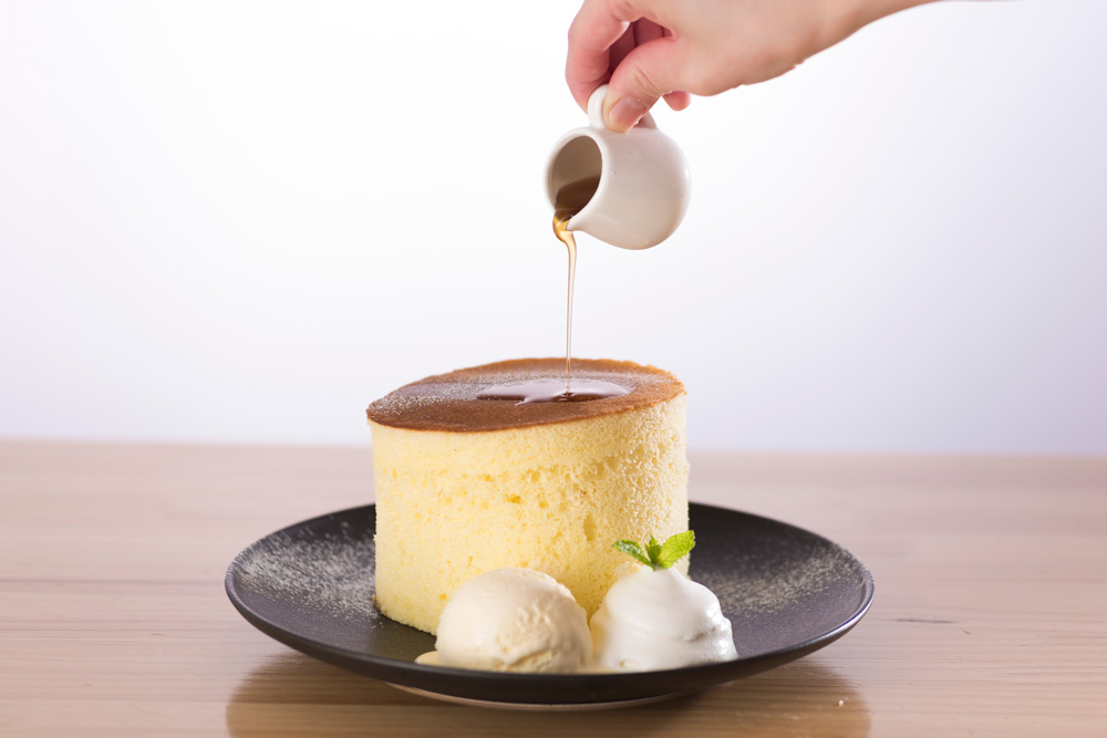 カフェ202の極厚パンケーキ