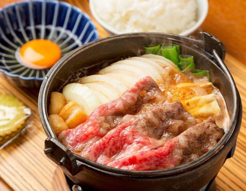 佰食屋の国産牛すき焼き定食