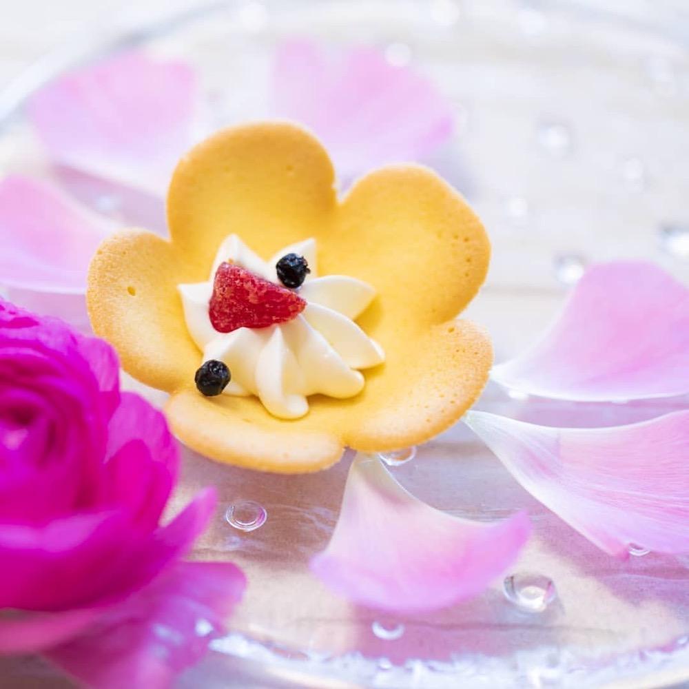 大阪土産「大阪花ラング」お花の形のラングドシャが可愛すぎる♡
