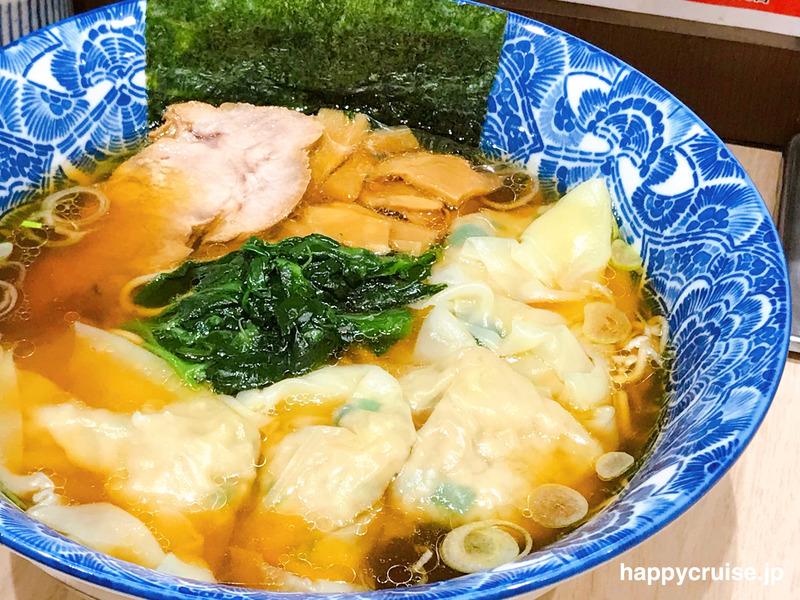 浅草の伝法院通にあるら麺亭の肉厚ワンタン麺
